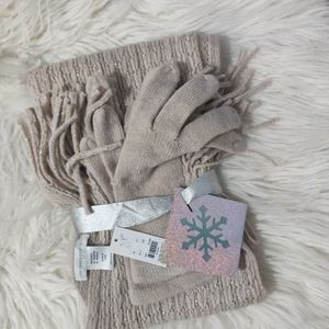New York & Co. Scarf & Gloves Set ONE SIZE